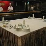 六本木 福鮨 - 貸切パーティーのセッティングです。