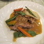 一汁三菜イタリア~の shark - 地鶏オーブン焼きポルチーニ茸入りソース