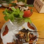97802895 - サラダと串