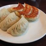 上海点心 豫園 - 焼き餃子