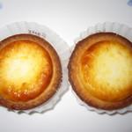 ベイク チーズタルト - 料理写真:2018年の「焼きたてチーズタルト」216円×2