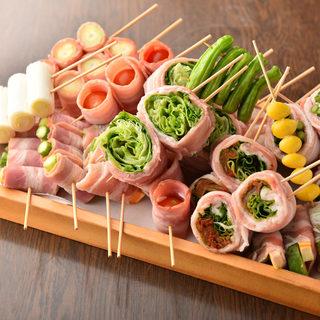 当店名物!野菜巻き♪新鮮なお野菜をお肉で丁寧に包みました。