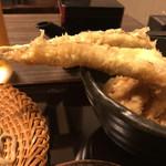 蕎麦Diningすが - イナバウアーならぬ穴バウアー笑
