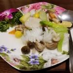 97814162 - 二種海鮮とブロッコリーの炒め