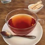 チャオビーノ - 紅茶とビスコッティ