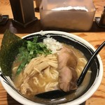 麺場 浜虎 - こく醤そば