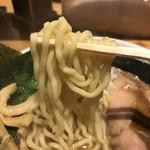 麺場 浜虎 - 自家製の太ちぢれ麺