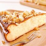 神戸クック ワールドビュッフェ - 『クランブルスフレチーズケーキ』 濃厚なチーズの風味と、ふんわりとした食感が魅力♪