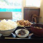 9783254 - 「鉄板焼肉定食」900円+「ご飯大盛り」150円