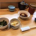 藤よし - 料理写真:サービス定食の膳立