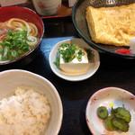 讃岐麺房 すずめ - だし巻き定食
