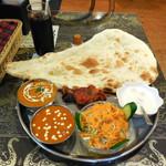 インドカレー ミラン - ...ディナー「デリーセット(1260円)」、甲府駅南側のインドカレー店。。