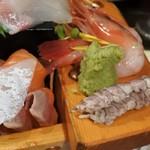 多味庵 - 刺身の舟盛り