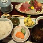 割烹きむら - 刺し身定食(1200円)