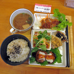 HAO - 料理写真:ランチ旬の惣菜4品セット