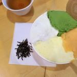97859277 - 特盛 焼き芋+抹茶+かりんとう+柿氷菓