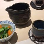 和膳と酒肴 廚 - 料理写真:お通し&日本酒(鍋島)
