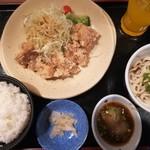 夢庵 - 若鶏の竜田揚げみぞれポン酢定食 ¥949.-(+税)