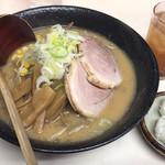 パンケ - 料理写真:味噌叉焼めん2枚載せ