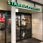 STARBUCKS COFFEE - 外観