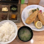 お食事処 さや - 料理写真:アジフライ定食(980円)