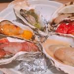 パッチョ オイスターバー - 焼き牡蠣