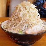 麺屋べべ - 料理写真:ラーメン 750円+野菜増し増し 100円