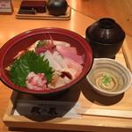 金澤旬料理 八兆屋 駅の蔵 - 海鮮丼