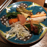 97905251 - 自家製キムチと秋の旬菜ナムル7種盛合せ 取り分け後