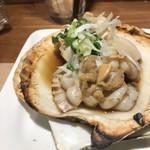 東北バル トレジオン - ホタテ浜焼き。       美味し。