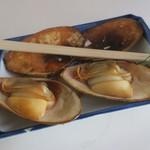 山田屋 - しろ貝焼き美味(¥750)