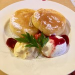 グラッチェガーデンズ  - 料理写真:一番初めのパンケーキ この後オーダー制