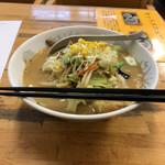 十勝 - 料理写真:味噌ラーメン、700円。
