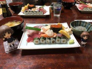 栗崎屋 - 戦車寿司+生しらす