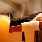 テンアンドハーフカフェ - フレッシュオレンジジュース