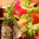 テンアンドハーフカフェ - 季節野菜のバーニャカウダ