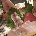 魚魚家 -