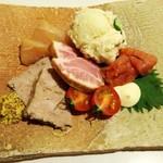 梅田 肉寿司 かじゅある和食 足立屋 - ・冷製肉盛り