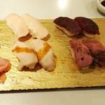 梅田 肉寿司 かじゅある和食 足立屋 - 肉寿司(牛&馬)