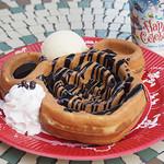 グレートアメリカン・ワッフルカンパニー - チョコレートソースのワッフル