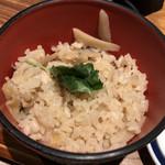 そばと天ぷら 石楽 - 季節の炊き込みご飯