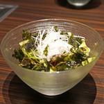 焼肉うしごろ - 韓国海苔のサラダ