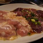 神保町食肉センター - 糀鶏、レバー