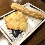 松井製麺所 - チキ天(100円) とちくわ天(120円)
