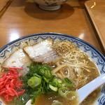 元祖赤のれん節ちゃんラーメン - 料理写真: