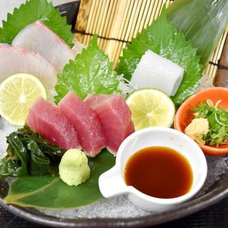 生簀で管理する鮮度が命の≪魚介類≫