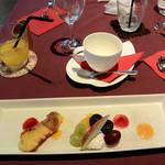 Chouette de Lapin - 本日のシェフのおすすめデセールプレート~季節のフルーツと共に~