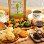 Pono cafe - デザート(素材溢れるケーキ、コーヒーゼリー、野菜満天スコーン)