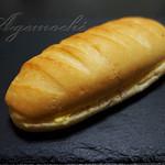 ゲズンタイト - 料理写真:練乳クリームのパン
