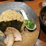 ラーメン 龍の家 - つけ麺もつ 並盛